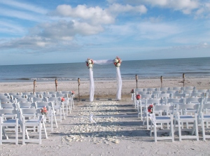 Sundial Resort beach wedding